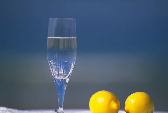 清洁百科:关于玻璃清洗剂